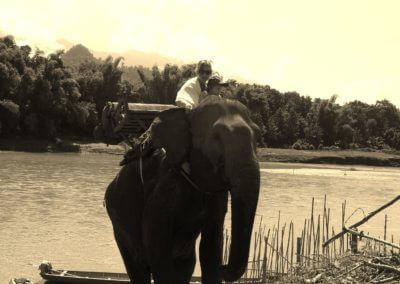 Nora mit Sohn in Laos
